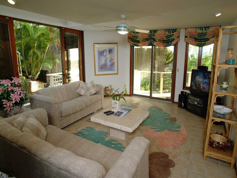 Ocean Estate 4BR Koko Head Oceanfront Vacation Rental W Pool